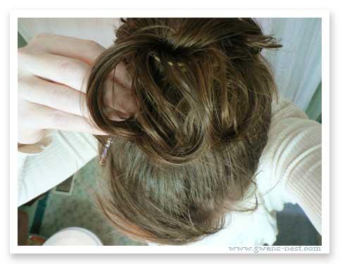 Messy Bun: 5 minutes=2 good hair days