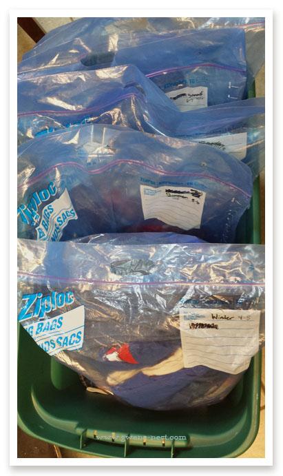 perfectly-organized-clothing-swap (1)