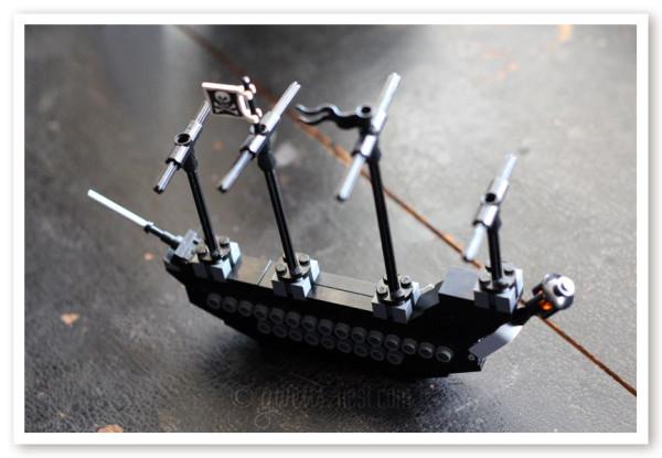 free lego ship img (2)