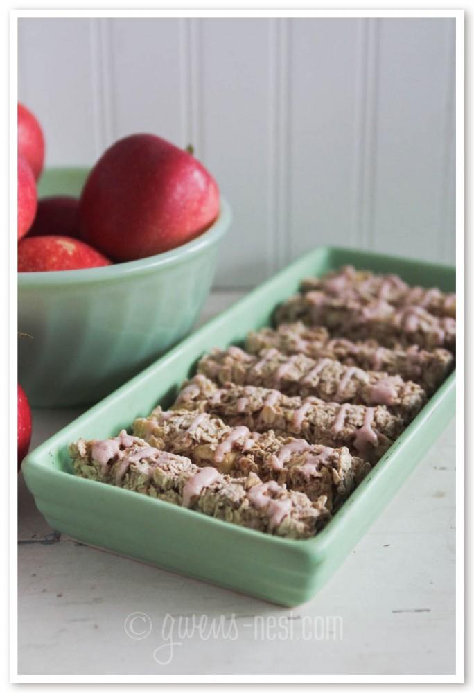 candy apple granola bars (1 of 11)