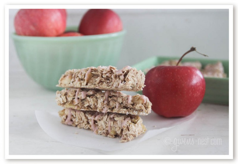 Candied Apple Cinnamon Granola Bar Recipe