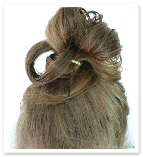 Messy Bun 5 Minutes 2 Good Hair Days Gwen S Nest
